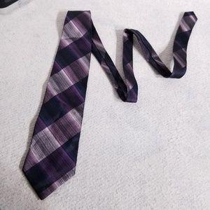Kolte Italy Diagonal Striped 100% Silk Neck Tie